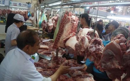 Giá thịt heo, gà, vịt...lại 'rủ nhau' giảm