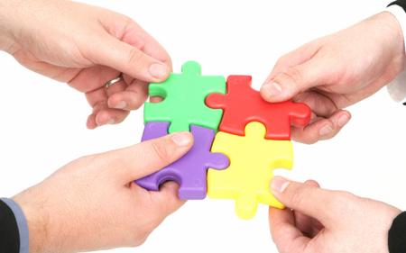 VCI, TDH, EVE, SKG, HST, SJM: Thông tin giao dịch lượng lớn cổ phiếu