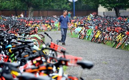 Cảnh ngoạn mục từ 10.000 chiếc xe đạp bị thu giữ ở Trung Quốc