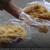 Xem video này, liệu còn ai dám ăn xôi ruốc ngoài chợ?