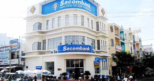 Lãnh đạo Sacombank xin giảm một nửa thù lao