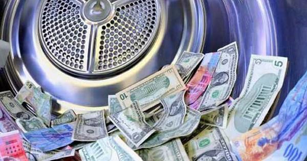 Một loạt ''ông lớn'' ngành ngân hàng chịu mức phạt lên đến hàng tỷ USD do các vụ rửa tiền, cái giá quá đắt của tiền ''bẩn''