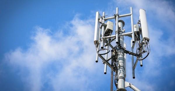 Công ty của tỷ phú Phạm Nhật Vượng bất ngờ tuyên bố sản xuất thiết bị viễn thông 5G