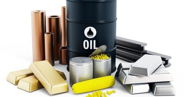 Thị trường ngày 17/12: Giá dầu lên cao nhất gần 3 tháng, sắt thép đi xuống