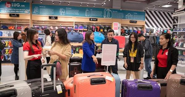 Thu mua chuỗi cửa hàng The Travel Store, LUG chính thức đạt 65 cửa hàng