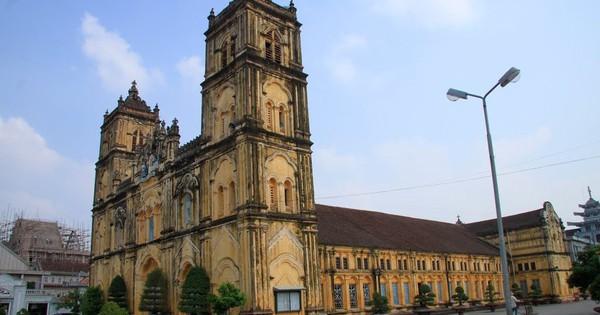 Quốc hội xem xét thông qua Luật Kiến trúc, những công trình như Nhà thờ Bùi Chu có cơ hội được bảo tồn