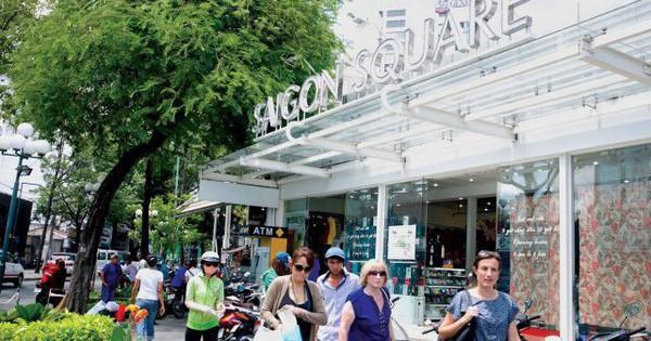 Thu giữ hàng nghìn sản phẩm giả nhãn hiệu Rolex, Hermes, Franck Muller... tại Sài Gòn Square