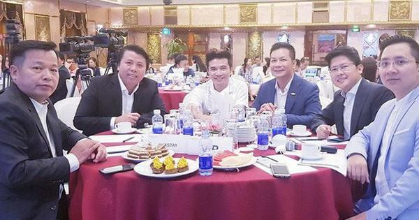 Nghi vấn dàn ''cá mập'' là chỗ ''thân quen'' với startup vừa nhận được deal 6 triệu USD Luxstay: Lộ hình ảnh Shark Hưng, Shark Việt cùng Shark Dzung trong sự kiện của Luxstay năm ngoái