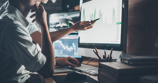 """VDSC: """"VN-Index khó vượt mốc 1.000 điểm trong năm 2019, giữ quan điểm lạc quan với cổ phiếu khu công nghiệp, logistic"""""""