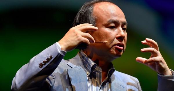 ''Giông bão'' kéo đến với ''con cưng'', tỷ phú Masayoshi Son ủng hộ việc loại bỏ nhà sáng lập WeWork ra khỏi ghế CEO