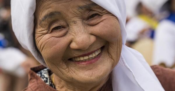 """Okinawa - vùng đất của những người bất tử: Hãy nhìn vào cách sinh hoạt của những người dân nơi này để thấy chúng ta đã """"sống sai cách"""" như thế nào"""
