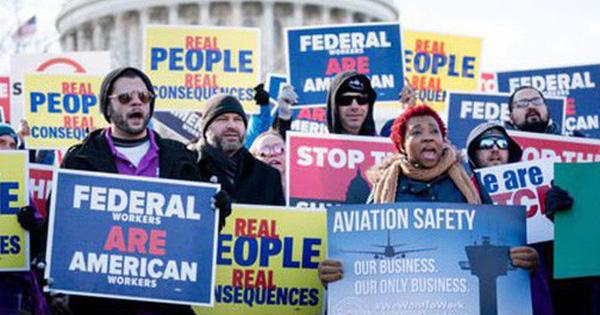 Mỹ ''thấm đòn'' vì chính phủ đóng cửa