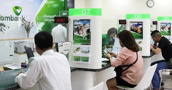 Giá cổ phiếu lại làm khó Vietcombank?