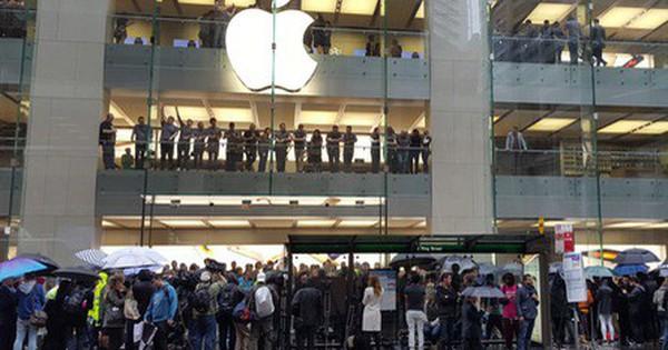Chi 3 triệu đồng thuê người xếp hàng mua iPhone 11 tại Apple Store