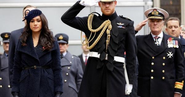 Dư luận nghi ngờ Meghan Markle đã ''đánh tiếng'' về việc cảm thấy hối hận khi kết hôn với Hoàng tử Harry, sự chia cách không còn xa