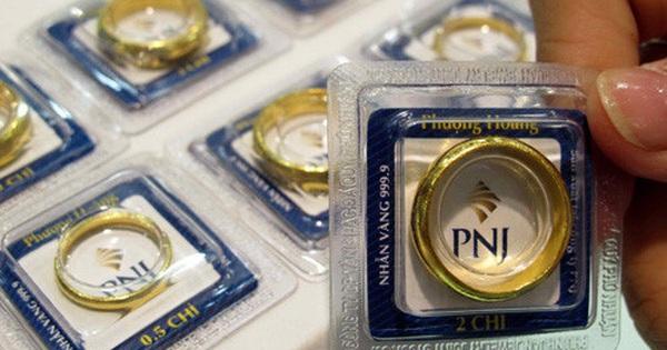 Mùng 6 Tết, giá vàng vọt lên 44,7 triệu đồng/lượng