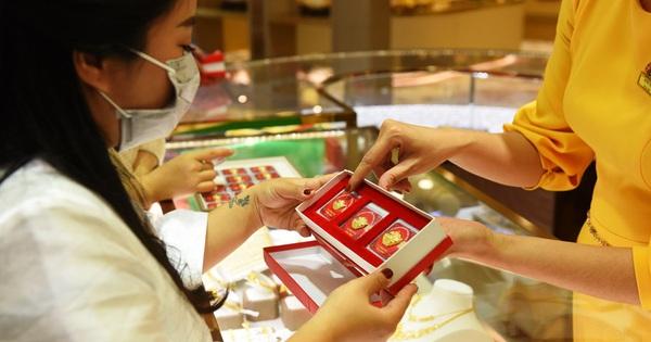 Giá vàng tiếp tục tăng, vượt 44,5 triệu đồng/lượng