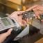 Khách hàng nên làm gì để bảo vệ thẻ tín dụng của mình?