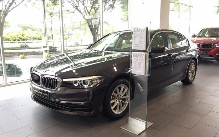 Xe sang Đức giảm giá kỷ lục, thị trường ô tô Việt chạm đáy mới