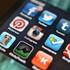 Mạng xã hội khiến người ta nhiệt tình với 'bạn ảo' nhưng lại quá thờ ơ với cuộc sống xung quanh