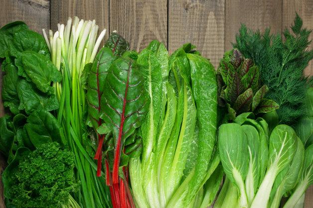 Folat và vitamin B12 có trong trong cải có thể là giảm chứng trầm cảm, lo lắng.