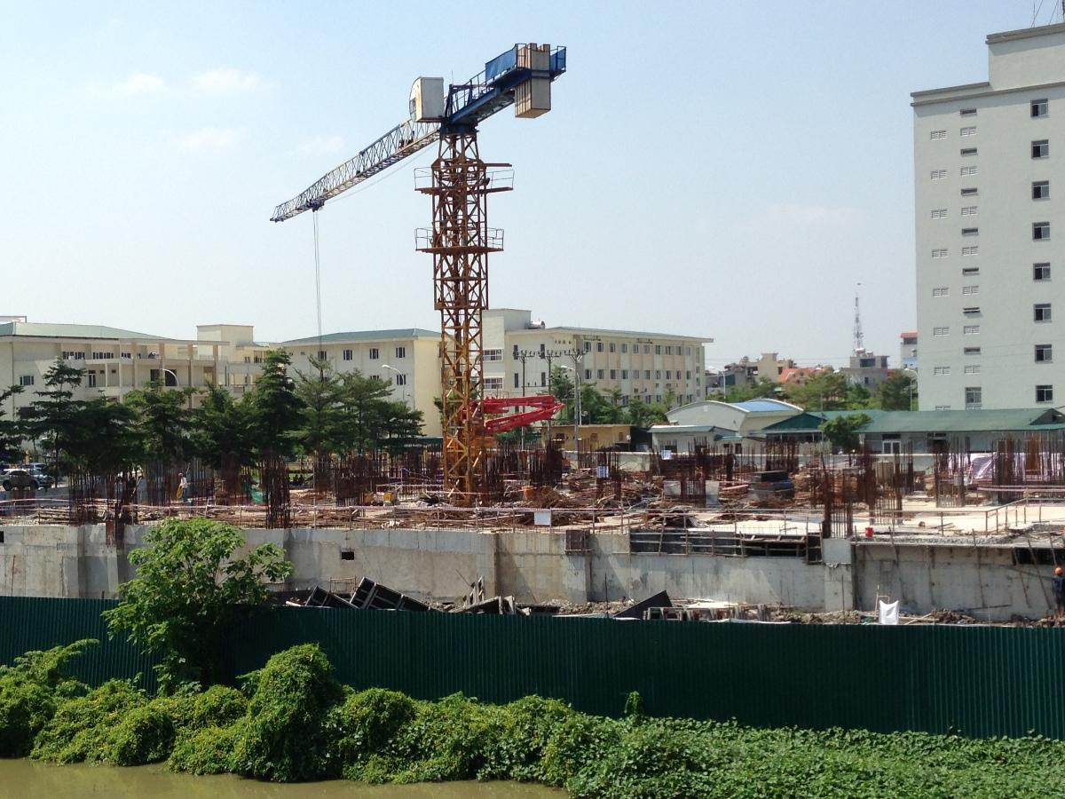 Hiện dự án đã xây dựng phần thân đến tầng 1 và đầy đủ thủ tục pháp lý và được ngân hàng Vietinbank bảo lãnh.