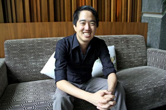 Chàng Việt kiều Eddie Thai.