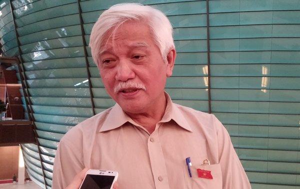 ĐB Dương Trung Quốc cho rằng cần thanh tra lại việc bổ nhiệm cán bộ tại Sở LĐ-TB-XH Hải Dương. Ảnh: T.Hạnh