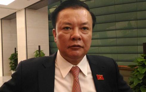Bộ trưởng Bộ Tài chính Đinh Tiến Dũng (Ảnh: Dân trí)