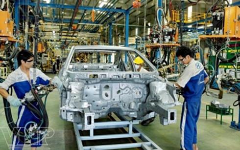 Việc bổ sung sản xuất, lắp ráp, nhập khẩu ô tô vào danh mục kinh doanh có điều kiện là hết sức cần thiết (Ảnh: KT)
