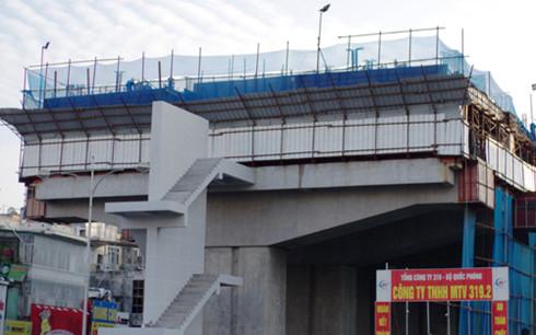 Dự án đường sắt trên cao Cát Linh - Hà Đông chậm tiến độ, đội vốn gần 7000 tỷ đồng.