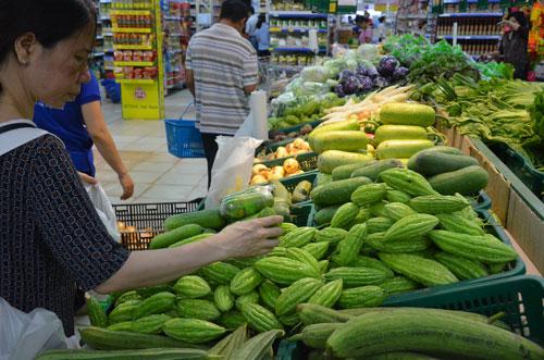 Giá rau củ quả ở TP HCM đã tăng nhiều trong thời gian qua Ảnh: Tấn Thạnh