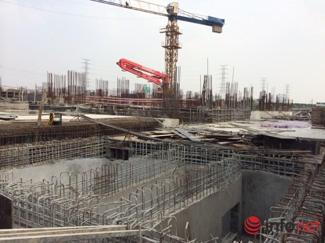 Bộ Xây dựng cho biết đã báo cáo Chính phủ để đề xuất sẽ miễn GPXD đối với một số đối tượng, trong đó có công trình thuộc dự án phát triển đô thị, phát triển nhà ở đã có quy hoạch chi tiết 1/500. Ảnh: Nguyễn Lê
