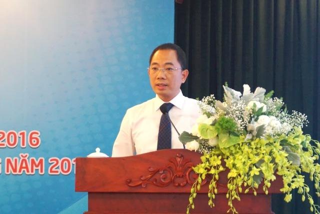 Đồng chí Cao Hoài Dương, Phó bí thư Đảng ủy, Tổng giám đốc PV OIL báo cáo tổng kết hoạt động sản xuất kinh doanh