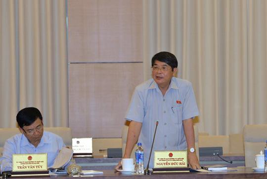 Chủ nhiệm Ủy ban Tài Chính-Ngân sách Nguyễn Đức Hải cho biết có ý kiến cho rằng Chính phủ cần trình QH xem xét quyết định phê duyệt chủ trương đầu tư dự án đường cao tốc Bắc-Nam