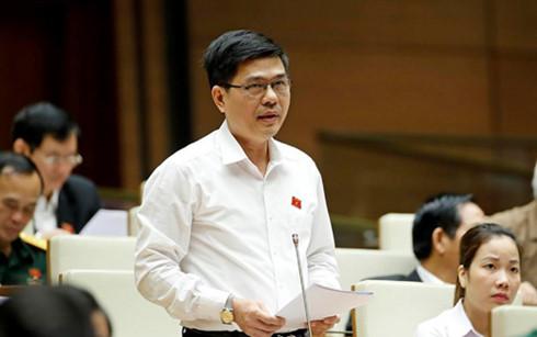 Đại biểu Lưu Đức Long