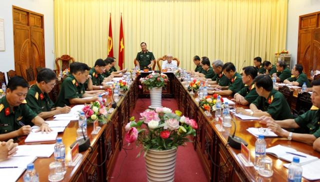 Các đại biểu dự hội nghị bàn giao Chính uỷ và Chỉ huy trưởng Bộ Chỉ huy Quân sự tỉnh Đồng Tháp. Ảnh Báo Đồng Tháp