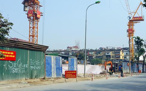 Cả thập kỷ đã trôi qua, số phận dự án nhà B6 Giảng Võ vẫn lao đao khi ngay cả giấy phép xây dựng vẫn chưa có.