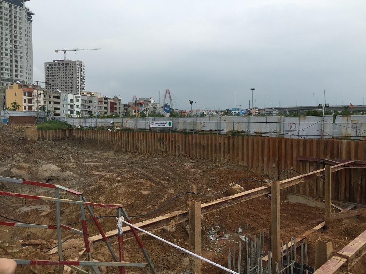 Theo dự kiến của chủ đầu tư, với tiến độ xây dựng như hiện nay chỉ sau tết dự án sẽ bắt đầu xây dựng phần thân.