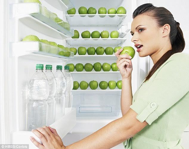 Ăn ít nhất một quả táo mỗi ngày sẽ giảm nguy cơ bị mắc các bệnh ung thư phổ biến như ung thư vú, phổi, ruột, miệng và đường tiêu hóa.