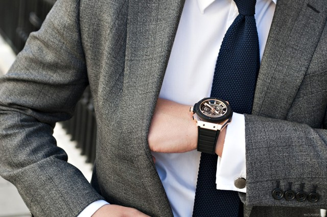 Chiếc đồng hồ tinh tế làm nên đẳng cấp một quý ông.