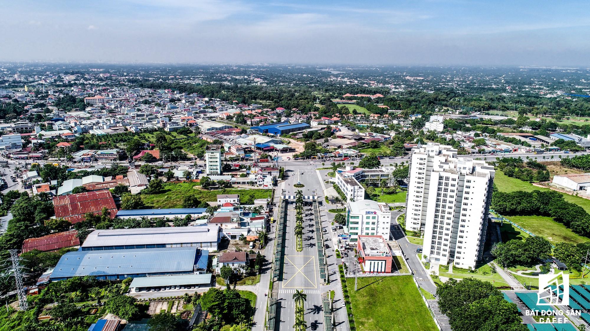 Trên địa bàn tỉnh Bình Dương, công ty này còn đầu tư 1 số KCN có diện tích qui mô đất lớn khác như KCN Mỹ Phước, KCN Bàu Bàng...