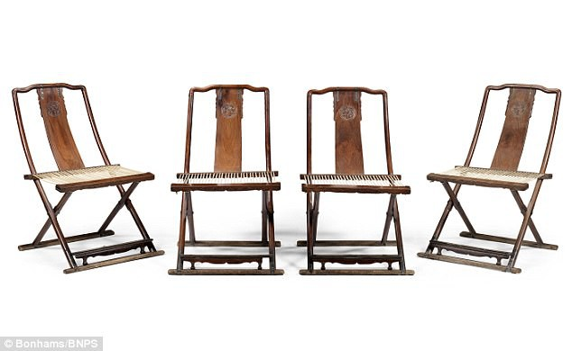 Chủ nhân của những chiếc ghế quý hiếm này vốn là 1 nhà ngoại giao nổi tiếng người Ý Marchese Taliani de Marchio.