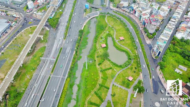 Cơ sở hạ tầng đang được đầu tư mạnh ở Việt Nam.