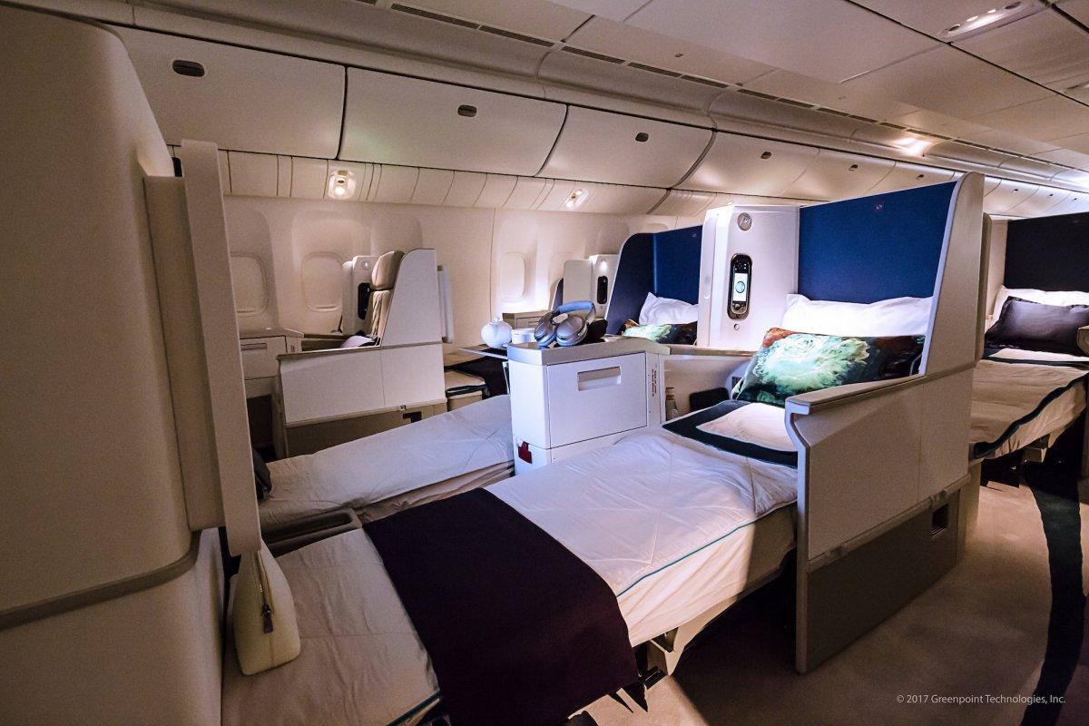 Ghế ngồi được thiết kế theo dạng giường nằm đặc biệt.