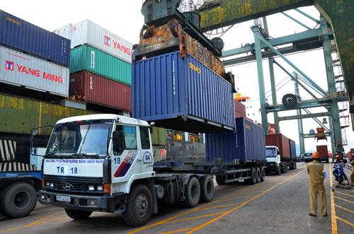 Chi phí logistics chiếm đến 20,1% GDP, trở thành gánh nặng cho doanh nghiệp Ảnh: Tấn Thạnh
