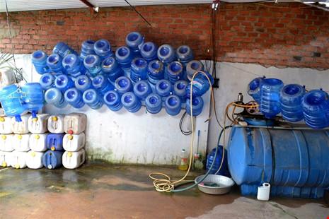 Những cơ sở sản xuất nước uống kém chất lượng. Ảnh: Internet