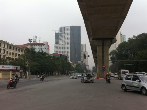 Dự án nằm ngay sát trục đường Trần Phú - Hà Đông, nơi có đường sắt Cát Linh - Hà Đông chạy qua.