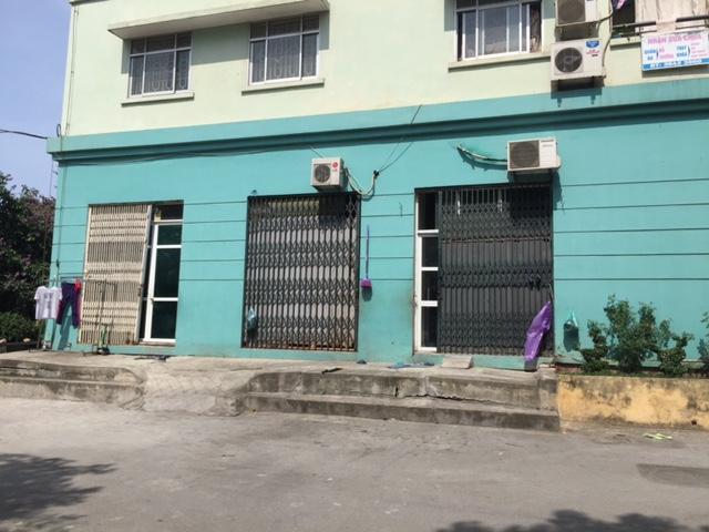 Hàng chục ki ốt nhà tái định cư Đồng Tàu bán trái pháp luật.