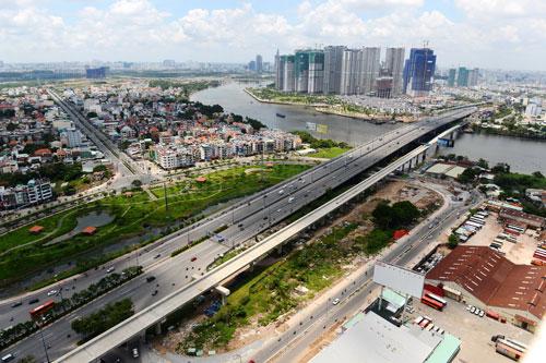 Dự án xây dựng cầu Sài Gòn 2 với tổng vốn đầu tư 1.827 tỉ đồng là một trong 23 dự án PPP mà TP HCM đã thực hiệnẢnh: Hoàng Triều